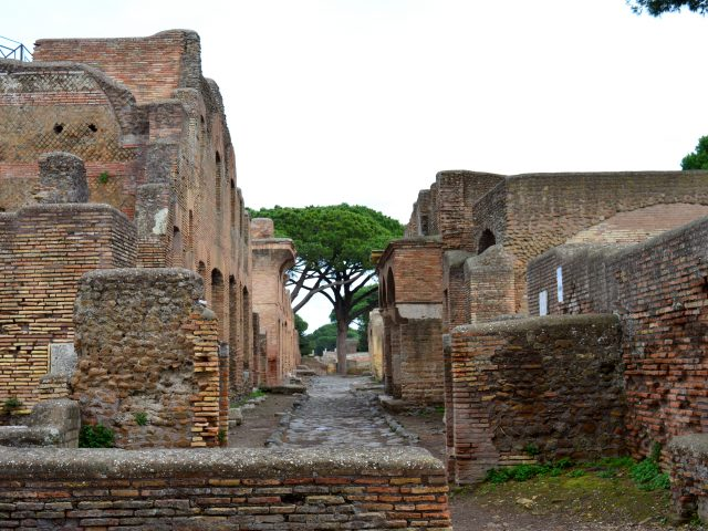 Ostia Antica: Urban Life in Ancient Rome